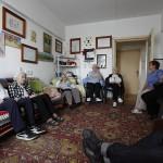 Film – Despre fotografie cu rezidentii căminului Moses Rosen