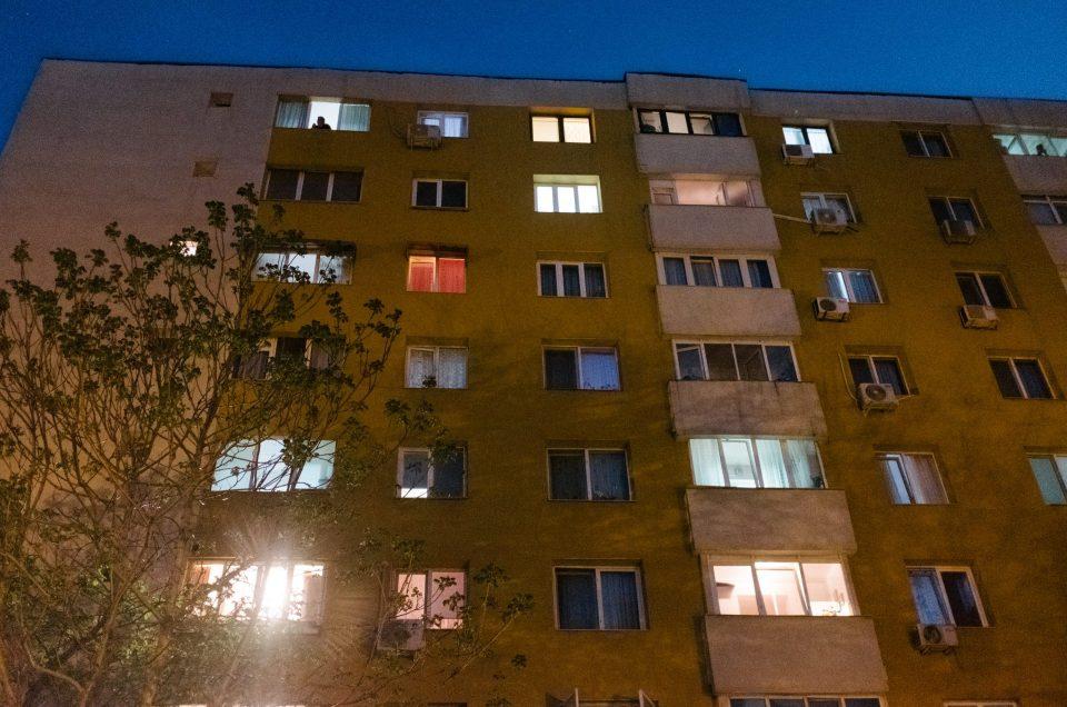 Lumină în cartier
